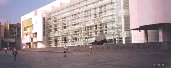 El Raval: Contemporary Art Museum