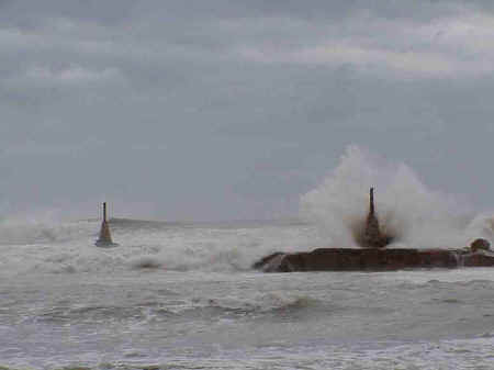 Sitges beaches: Punta de les Anquines, November storms 2001