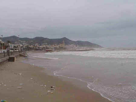 Sitges Beaches: l'Estanyol, November storms 2001)