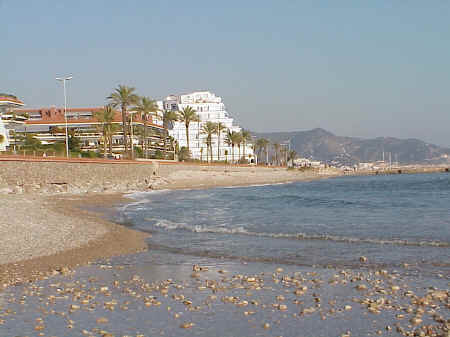 Sitges Beaches: Number 16, after the November storms, 2001